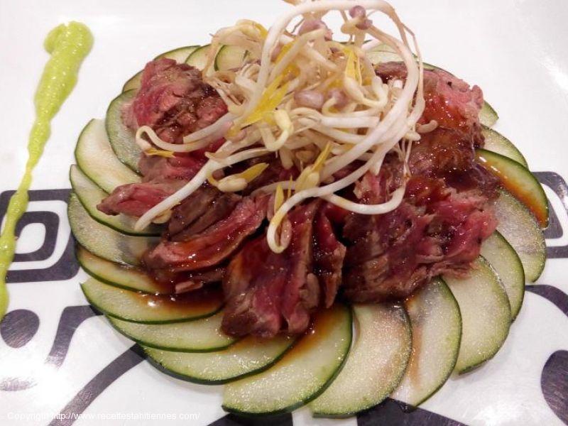 Tataki de boeuf teriyaki à l'ail et aux piments sechés