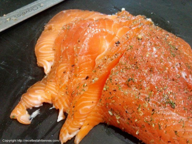 Saumon gravlax au 5 baies et aneth